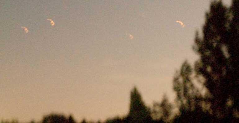 4 lights seen over Holland