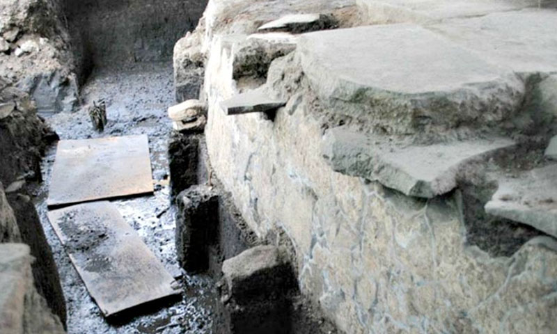 Detail of the Cuauhxicalco: a structure in which, according to historical sources, the bodies of tlatoanis (kings) were cremated. It is also the location of the newly discovered tunnel. ( Miriam G. Marín C. / MTM-INAH)