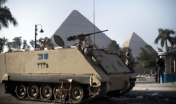 Tanks at the pyramids